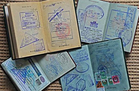 护照快过期,如何保住上面的各国有效签证?